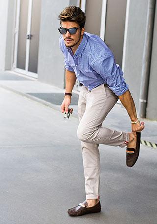 ブルーシャツ×オフホワイト ...