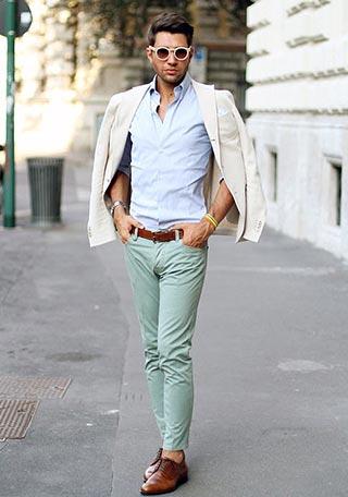 明るいカラーを多用しているので、濃い色のベルトや靴でメリハリをつけているのも結構ポイントとなっています。  春のおしゃれなOFFスタイルとしてマネしたいで\u2026