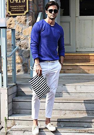 サマーニットを着る男性の画像