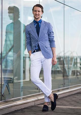 春におすすめのポロシャツ×ジャケットメンズコーデ