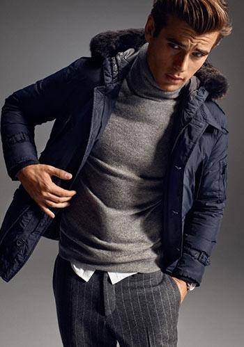 【2015冬】グレータートルネック×紺ダウンジャケットの着こなし