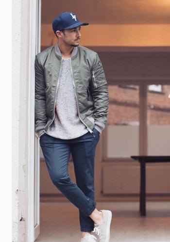 【30代・40代】カーキMA,1×紺センタープレスパンツの着こなし